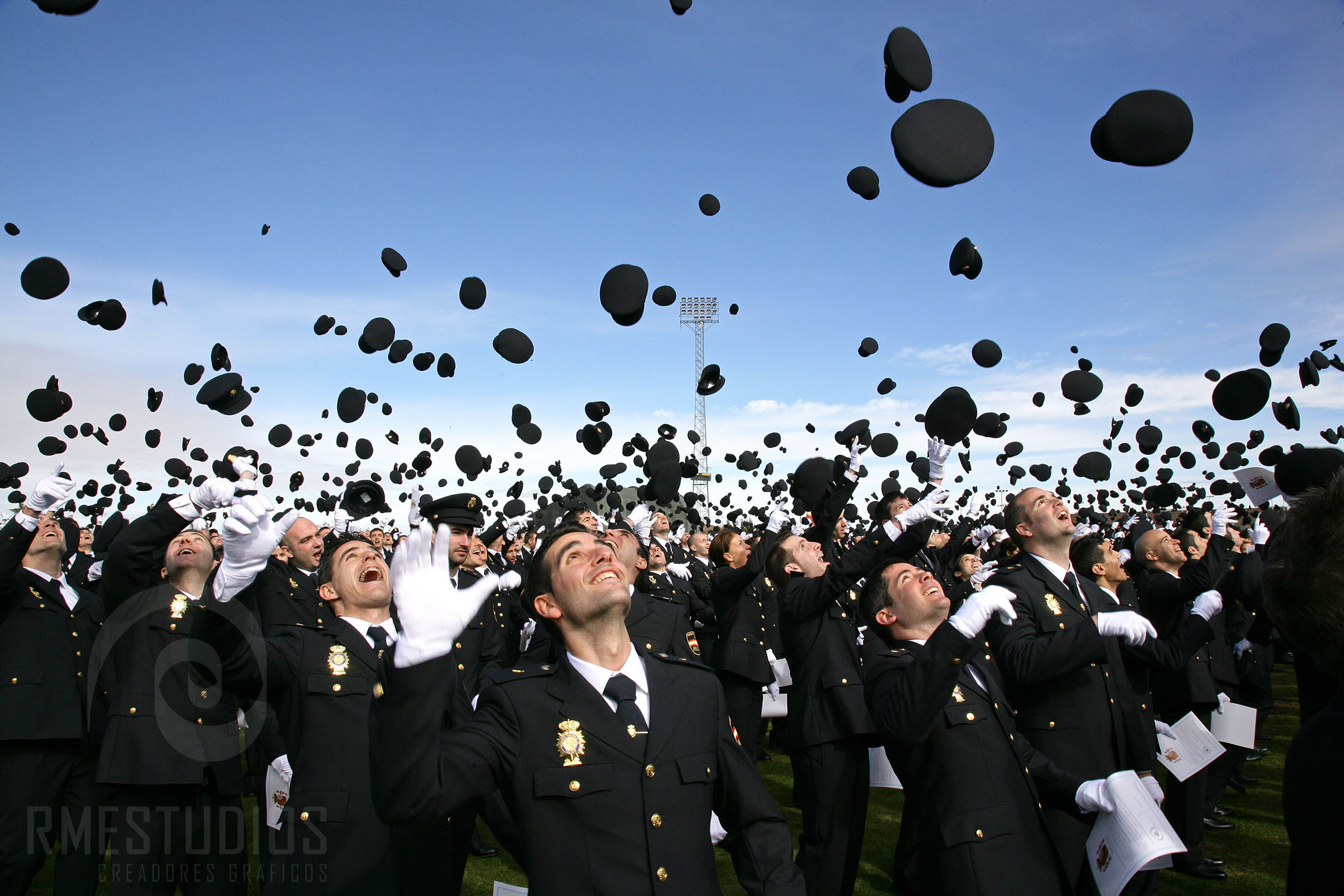 Jura en la Escuela Nacional de Policia